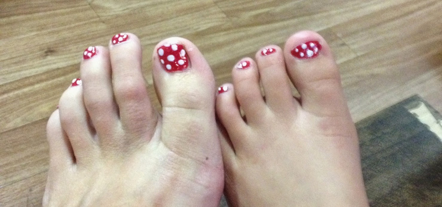 Inspiration Station: Minnie Mouse Toes