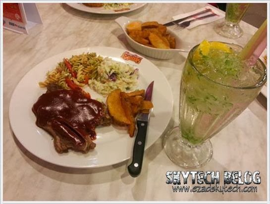 Kenny Rogers - Braised Lamb Meal dan Green House