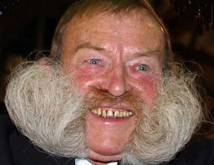 weird-beard-6.jpg