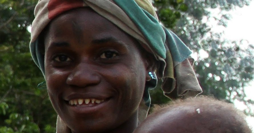 louiseinsenegal: Net-hunting with pygmies Pygmy People Teeth