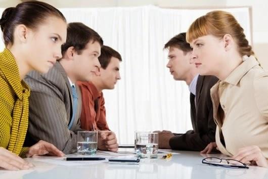 Como resolver conflictos en un equipo de trabajo busco for Lindley trabajo