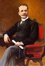 Manuel Cándamo Iriarte sentado