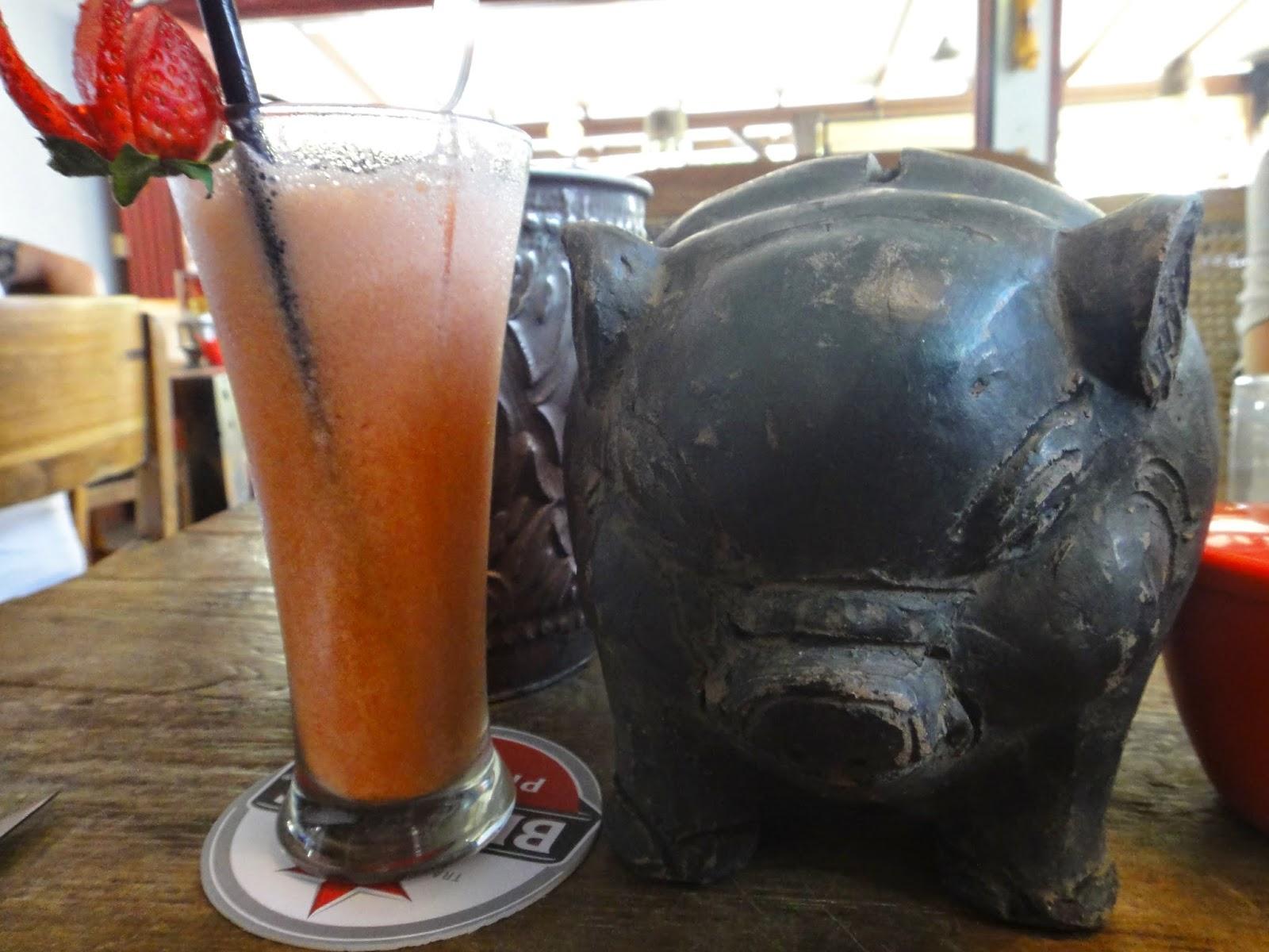 Strawberry Juice Naughty Nuri's Warung Bali