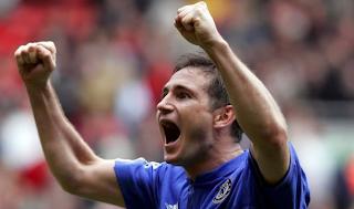 Aficionado del Chelsea se ganó la lotería y la aprovechará para compartir con su equipo