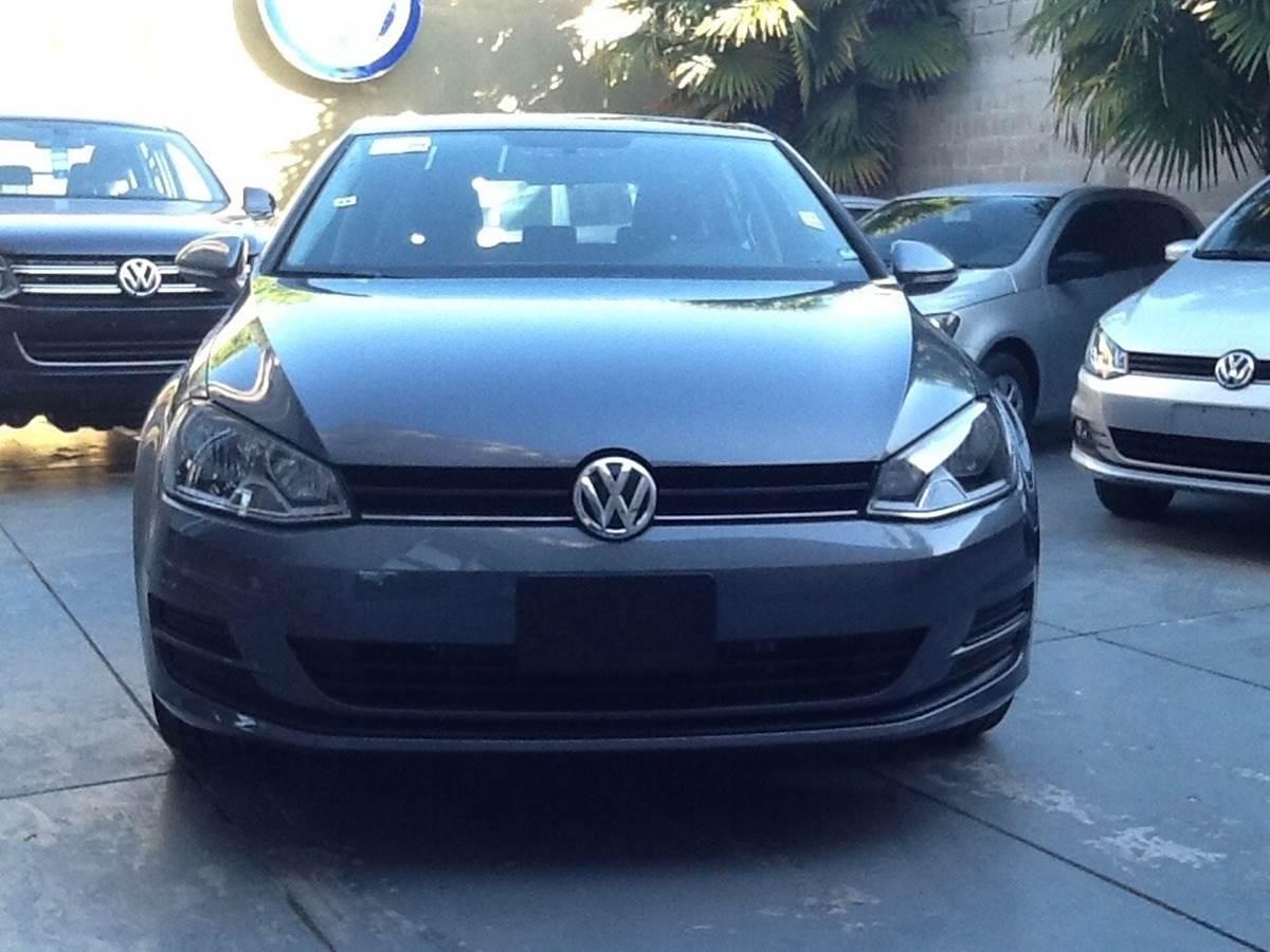 Volkswagen Golf Trendline 2015