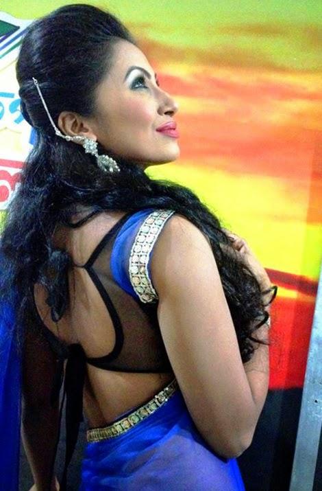 Desi+Hot+Model+Blouse+Back+Pictures006