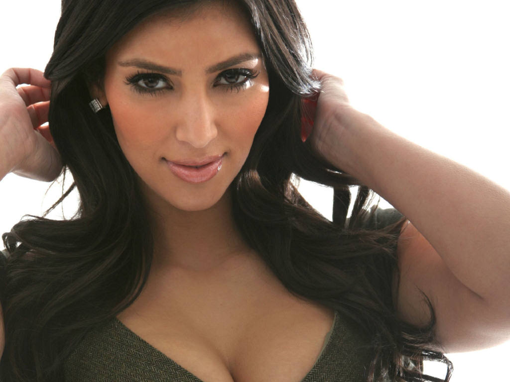 UNO News Net: HOT CELEBRITIES: Kim Kardashian And Kris Humphries Are Finally Man And Wife