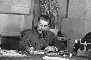 """El """"método"""" de Stalin - artículo de Anna Louise Strong - año 1941 - publicado en abril de 2013 en el blog Crítica Marxista-Leninista Stalin+11"""