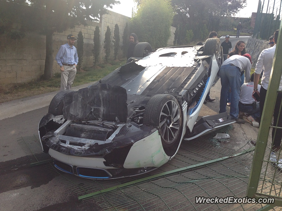 Damn Journalist Overturns Bmw I8 During Test Drive In Mexico