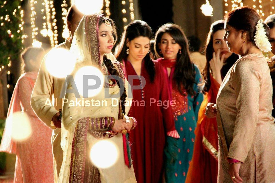 Mahira Khan Wedding Photos http://www.styleinstep.com/2013/01/mahira-khan-photoshoot-for-tapal-tvc_19.html