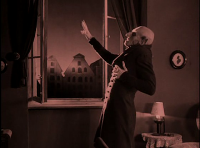 Count Orlok Scorched by Morning's Sunlight, Nosferatu, Directed by F. W. Murnau, Max Schreck