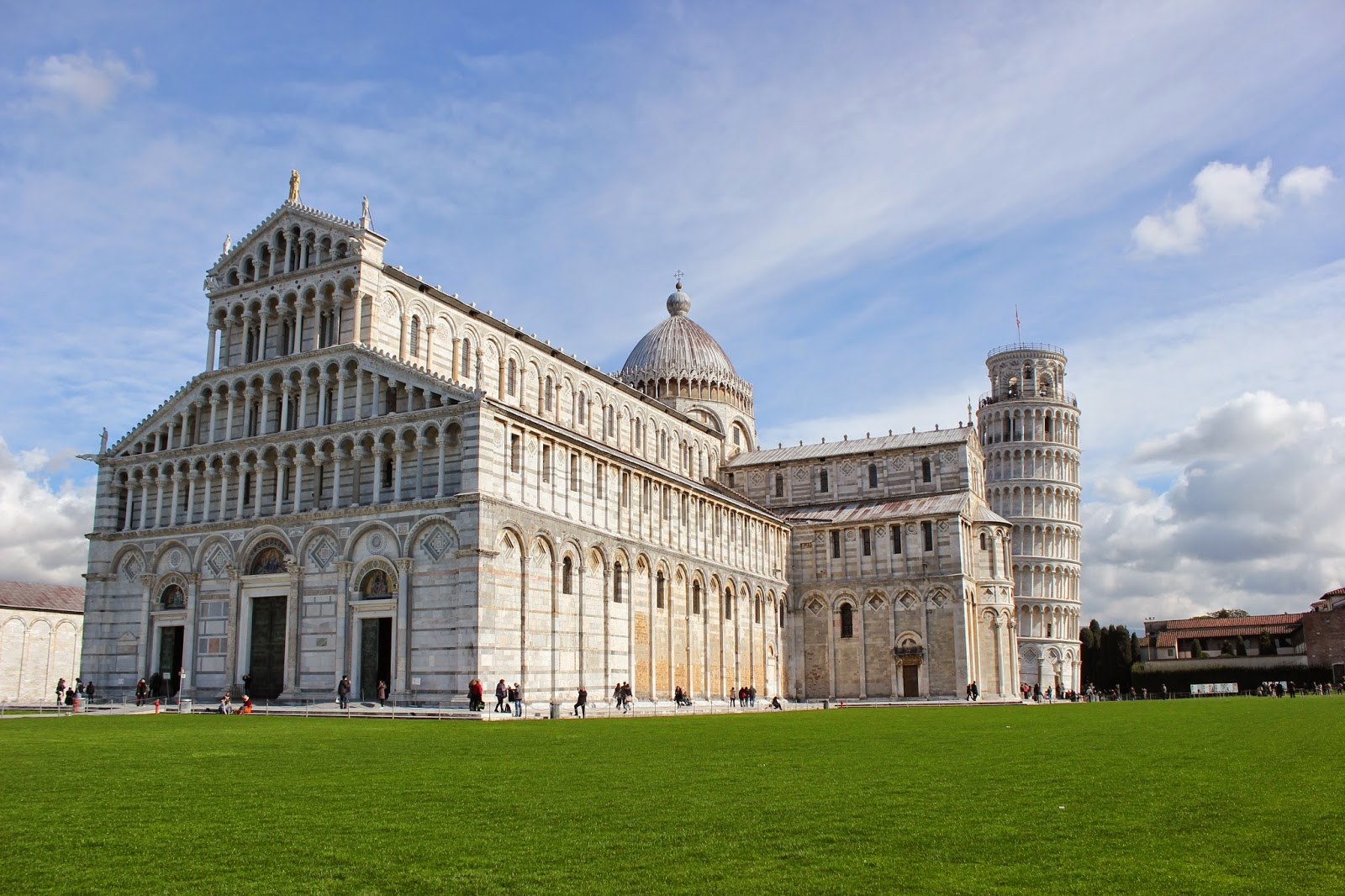 travel to pisa italy