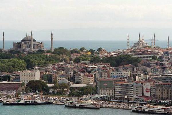 Σκάνδαλο στο ελληνικό προξενείο της Κωνσταντινούπολης