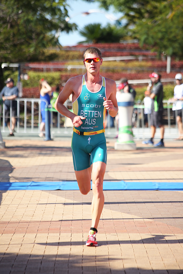 sam betten professional triathlete qld triathlon series. Black Bedroom Furniture Sets. Home Design Ideas