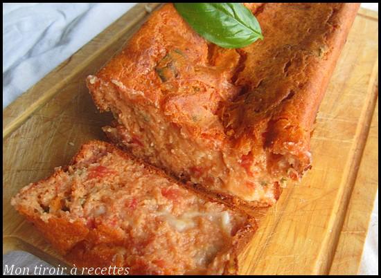 Cake aux tomates et à la mozzarella