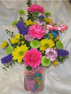 Table Bouquet Flowers Picture