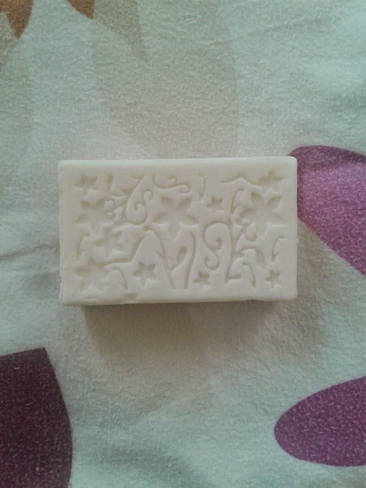 beyaz sabunla sac boyasi akitma