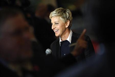 Millionaires giving money contact ellen degeneres 10 ways to contact celebrities for help - Ellen show address ...