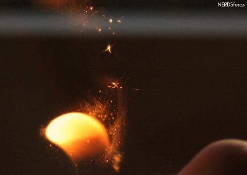Experiência: Como cuspir fogo usando maisena