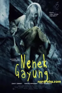 "Nikita Mirzani dalam film ""Nenek Gayung"" (2012)"