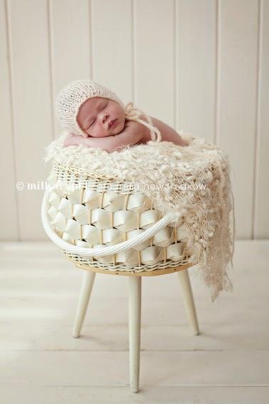 sesja fotograficzna dziecka, zdjęcia niemowlaków, fotografia noworodkowa, studio zdjęciowe dziecięce w poznaniu