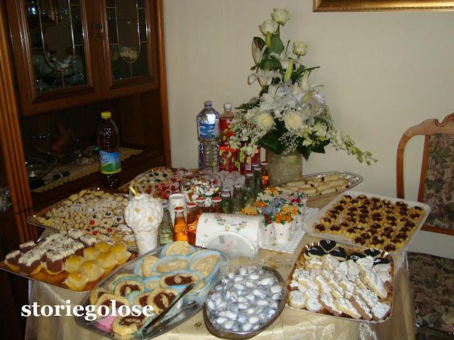 Storie golose buffet di nozze - Tavolo sposa a casa ...