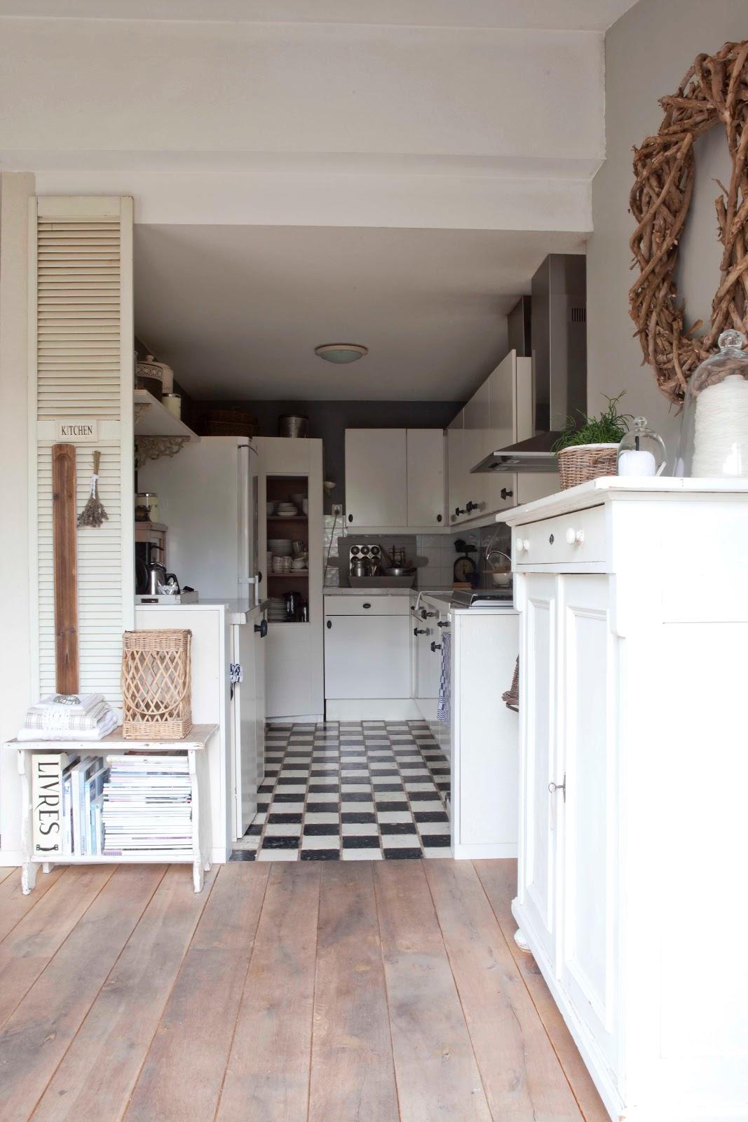 landelijke brocante keuken : Kind Van Holland Brocante Een Kijkje In De Keuken