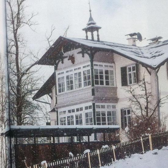 Mariaidabenussi una casa nel bosco for Come costruire un piccolo tetto sul bow window