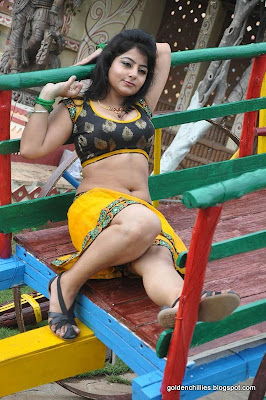hot aunty in yellow dress,romantic dance, Tollywood romantic dance.