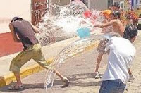 El agua cuidala no la riegues junio 19 for Llave tirando agua