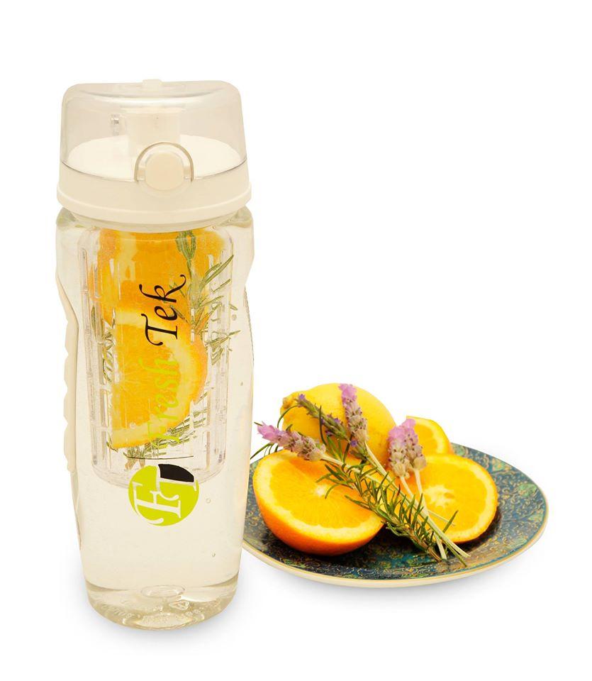 HUGE Leakproof Fruit Water bottle