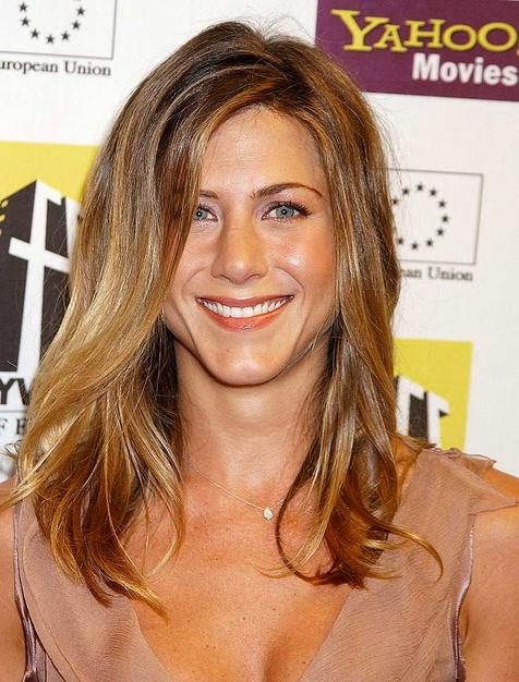 jennifer aniston bob haircut 2001. jennifer aniston bob 2001.