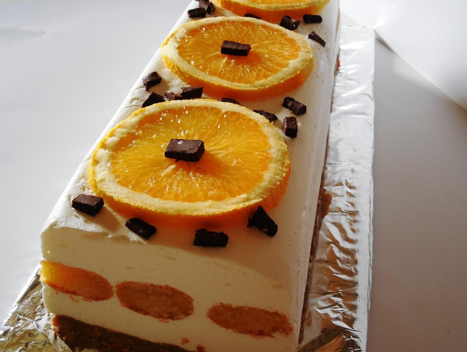 Tort cu mascarpone, piscoturi si portocale