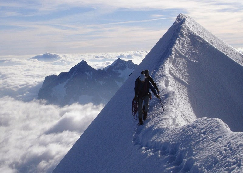 Stunning images eiger mountain stunning images stunning images eiger mountain reheart Choice Image