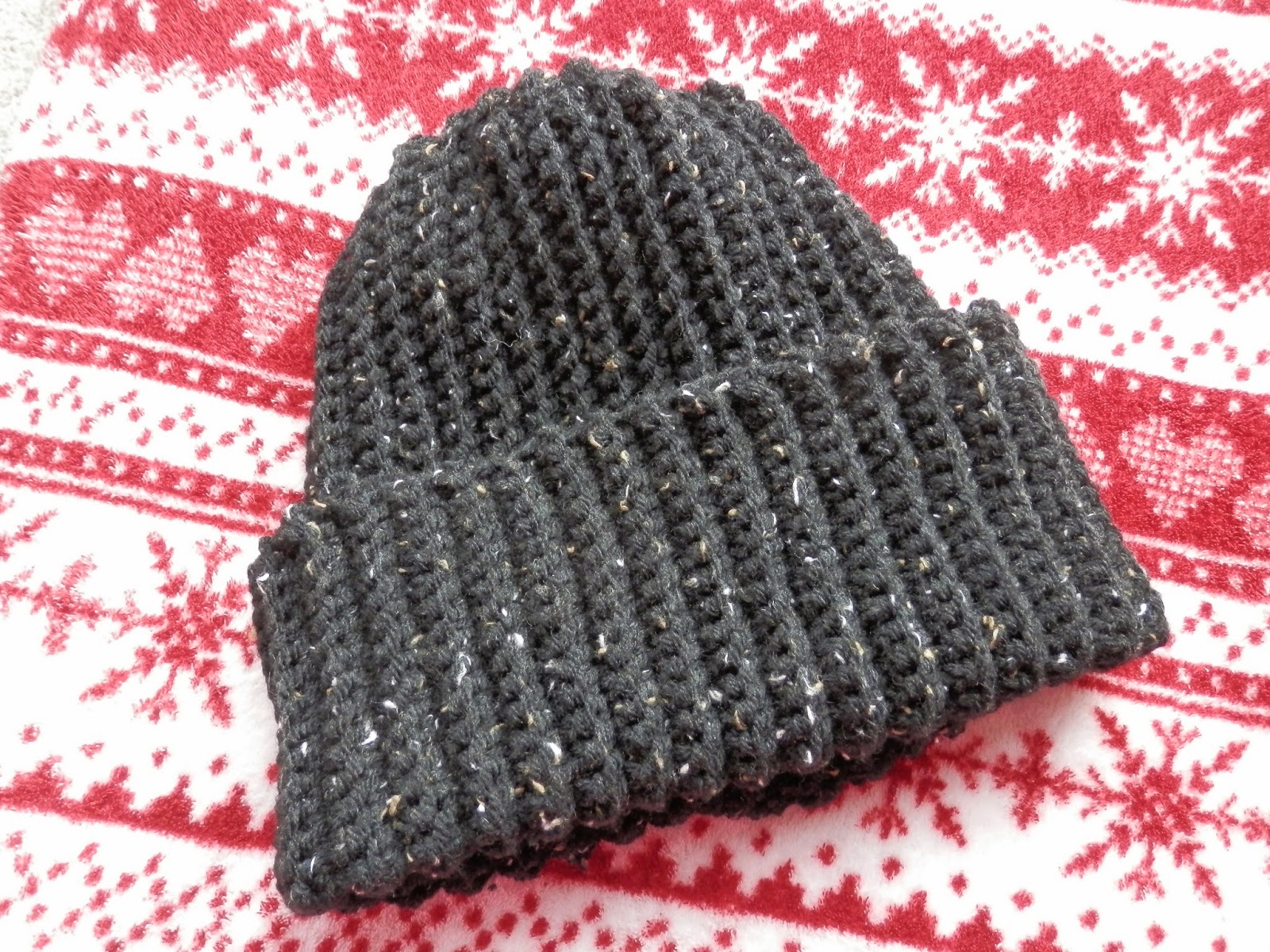 Second Hand Susie: Manly Mens Ribbed Crochet Hat.