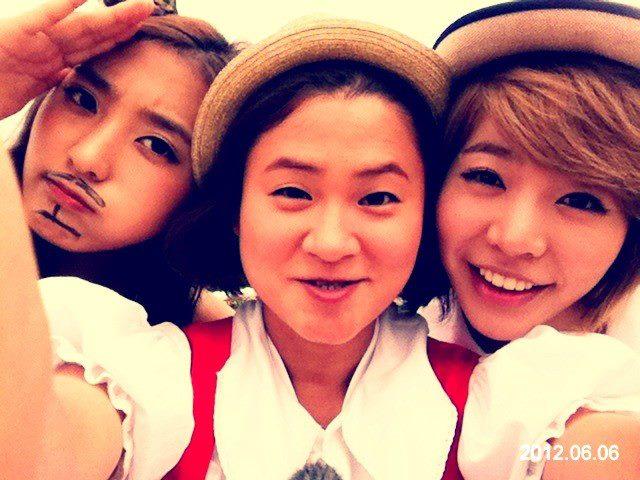 Sunny Selca with Bora & Kim ShinYoung. {06.06.12} 120606sunny