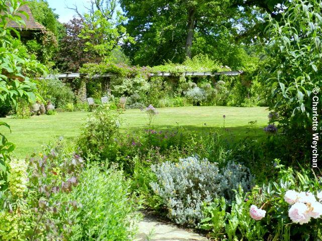 The galloping gardener vibrant vann an arts crafts Children and gardens gertrude jekyll