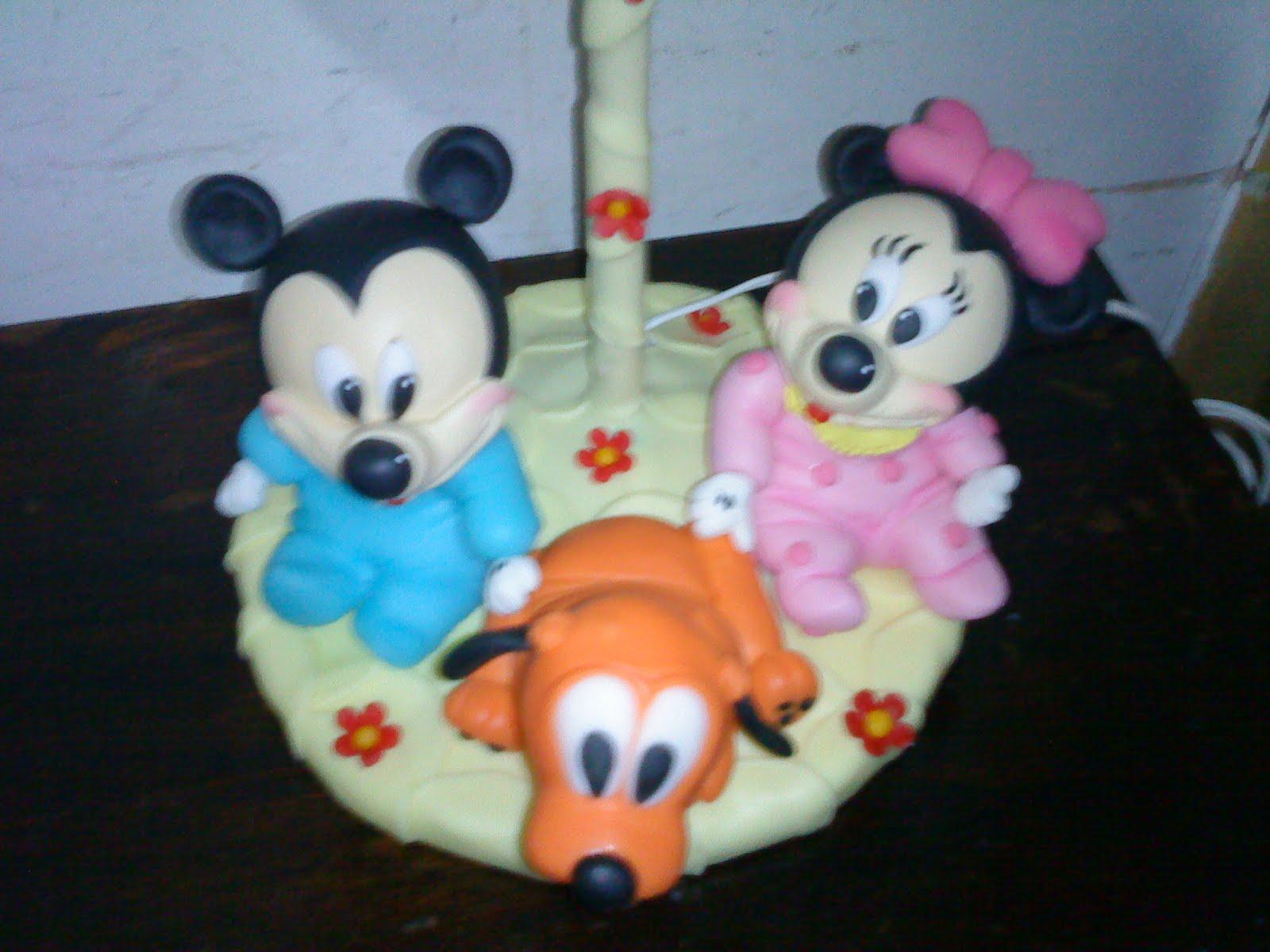 Mickey Mouse bebés en porcelana fria - Imagui