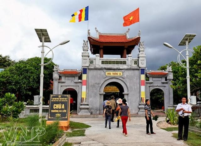 Truong Sa Lon Pagoda