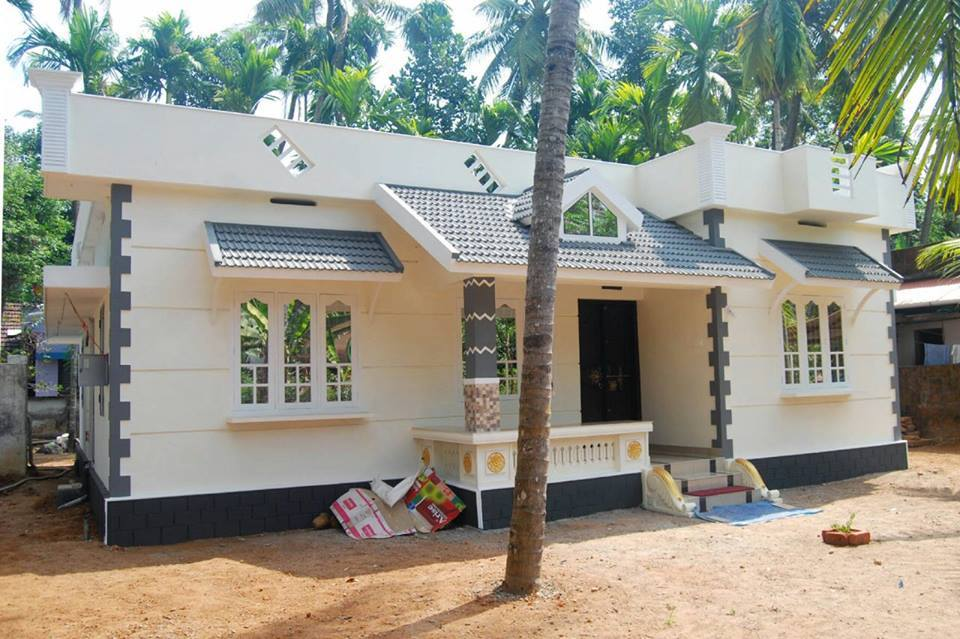 Beautiful kerala style home 2015 15 lakh plan model for House designs kerala style low cost
