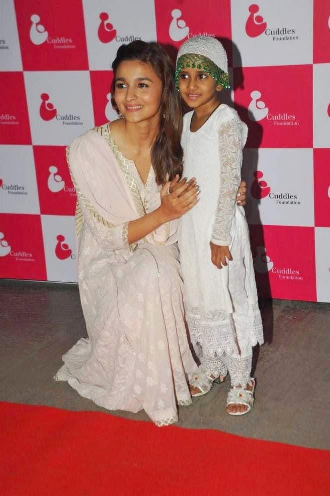 Alia Bhatt Cute Salwar Kameez Photos