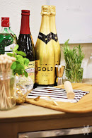 Make your events Golden with Gold by Rondel.