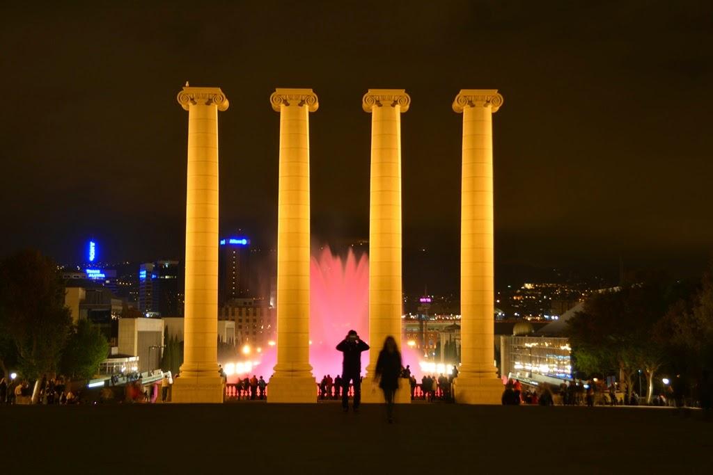 Barcelona by night columns