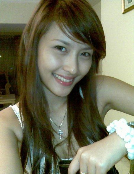 Mahasiswi Cantik Bertubuh Mulus [ www.BlogApaAja.com ]