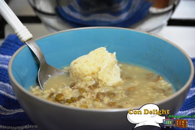 מרק עדשים וגריסי פנינה עם קניידלך קנור barley pealrs and lentils soup with Knorr kneidlach