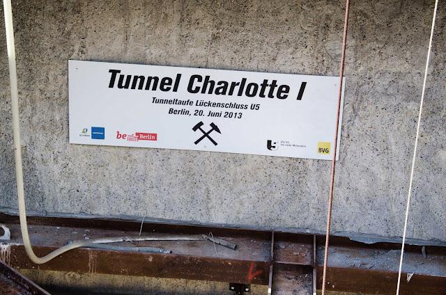 Baustelle Startschacht für die Tunnelbohrmaschine Baulogistikfläche für den Lückenschluss U5, Rathausstraße 19, 10178 Berlin, 10.06.2015