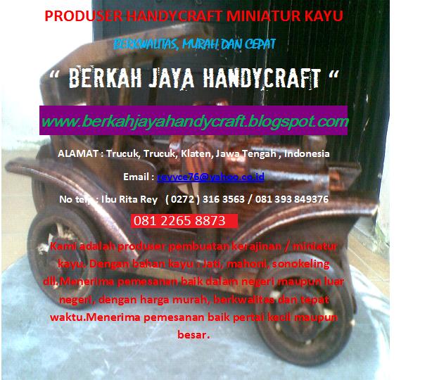 Pembuatan Handycraft Miniatur Kayu