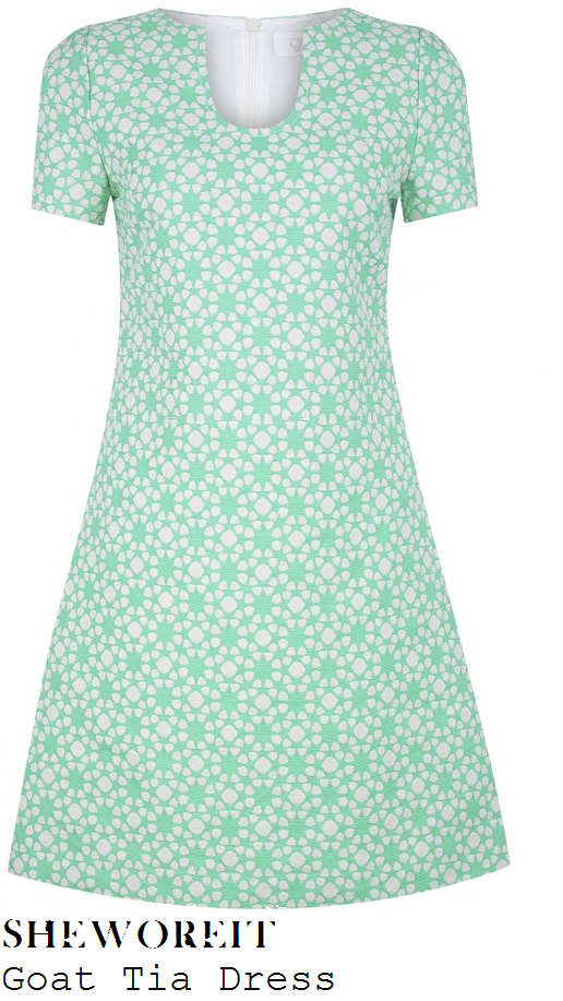 myleene-klass-green-and-white-geometric-floral-print-short-sleeve-shift-dress-loose-women