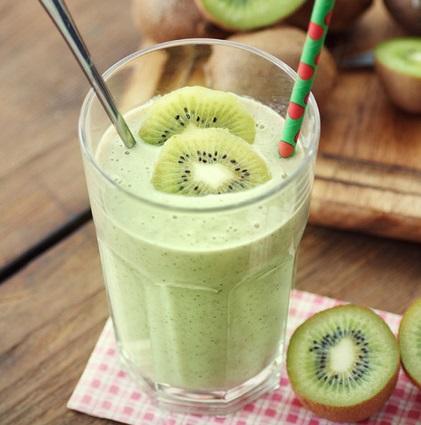 Batido de manzana y kiwi