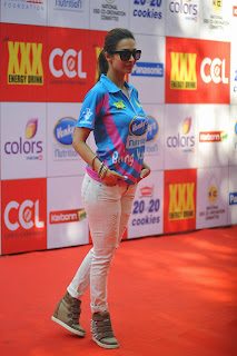 Indian Celebrities Pictures at CCL 5 Opening Ceremony in Mumbai ~ Celebs Next